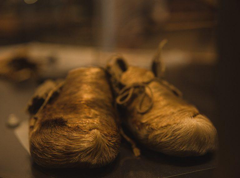 Paire de mocassins - Collection du Musée huron-wendat
